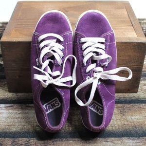 🎀3/$30 Dark Purple Vans Sneakers Size 7